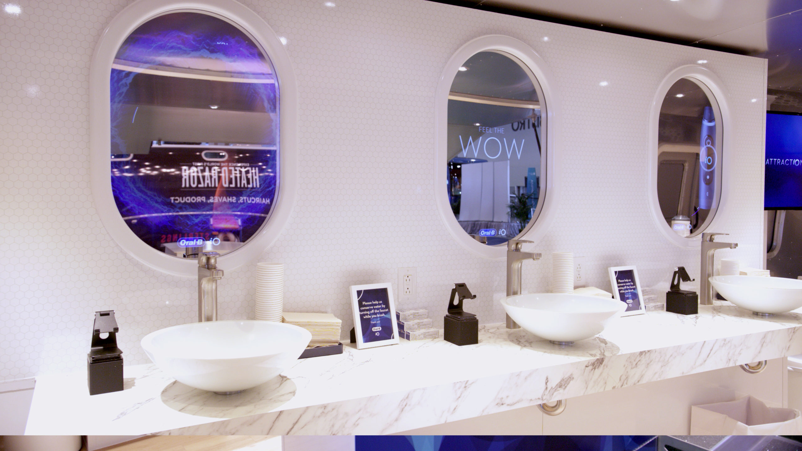Oral-B Smile Station Interior